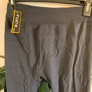 "NWT Gray Flannel linned legging One size 35"" long"